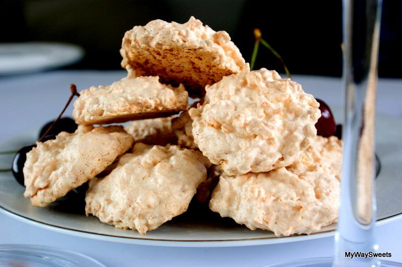 Ciasteczka bezowe – kokosowe beziki