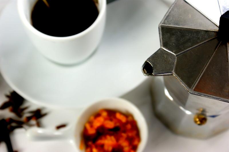 kawa z przyprawami